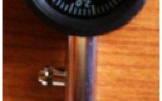 Зачем нужен манометр для шин, какой лучше выбрать и как им пользоваться? 3 типа устройств