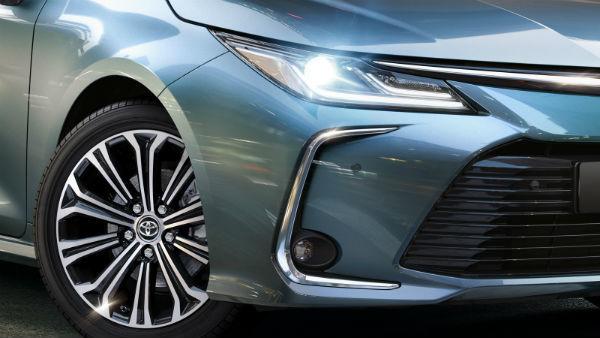 Обзор автомобиля Toyota Corolla: технические характеристики, комплектации и цены на 2019 год