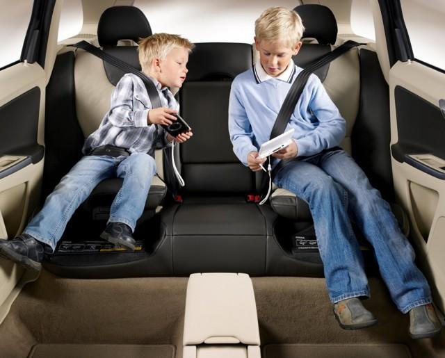 Правила перевозки детей в автомобиле: новые требования на 2019 год