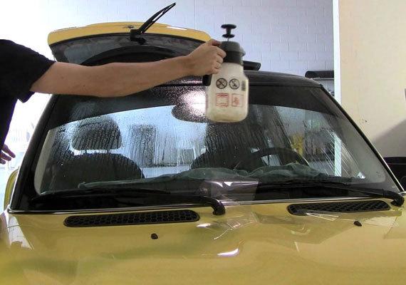 Плёнка для тонировки стёкол автомобиля: классификация, производители и 9 этапов тонировки своими руками
