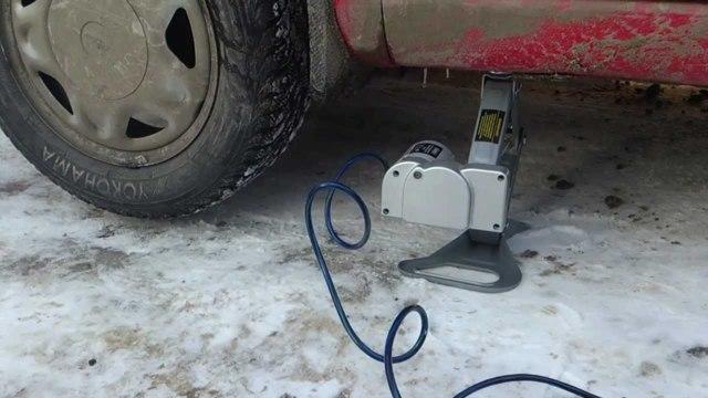 Электродомкрат автомобильный: описание, особенности и 3 преимущества