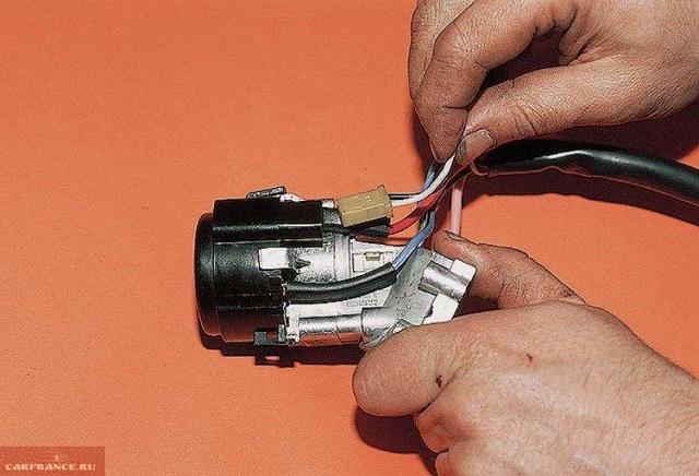 Ремонт и замена замка зажигания: 10 полезных советов