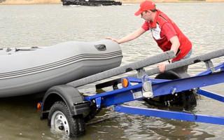 Прицеп для лодки и катера: 5 рекомендаций по выбору и обзор 3 лучших прицепов