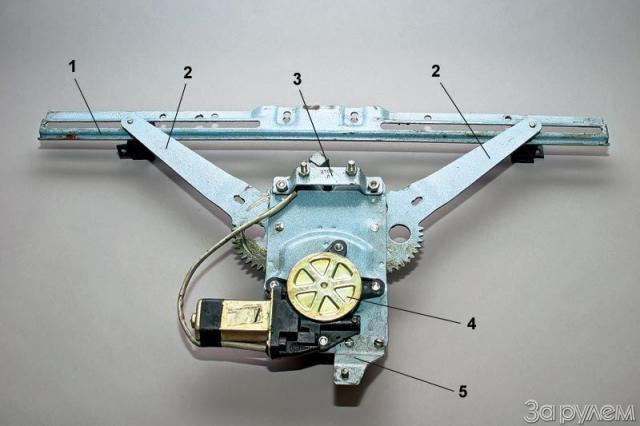 Монтаж электростеклоподъёмников на ВАЗ-2107: 5 этапов сборки, советы по выбору устройства