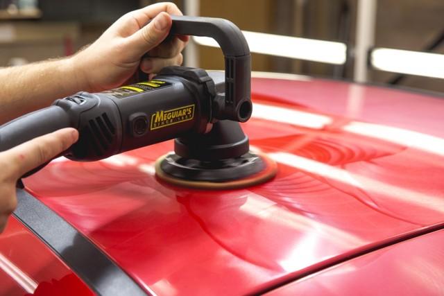 Выбор полировальной машинки для авто: 4 основные характеристики и 5 популярных моделей