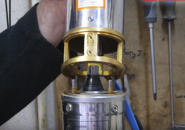 Диагностика помпы двигателя без демонтажа: 3 основные неисправности устройства